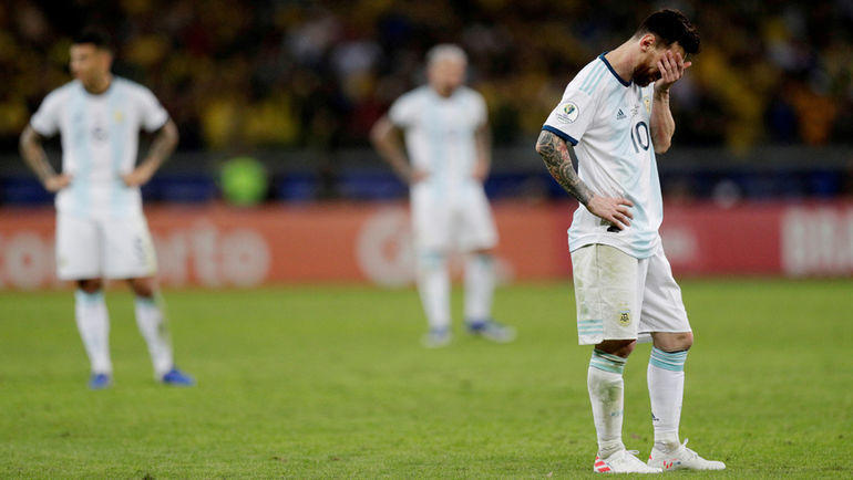 3 июля. Белу-Оризонти. Бразилия - Аргентина - 2:0. Лионель Месси.