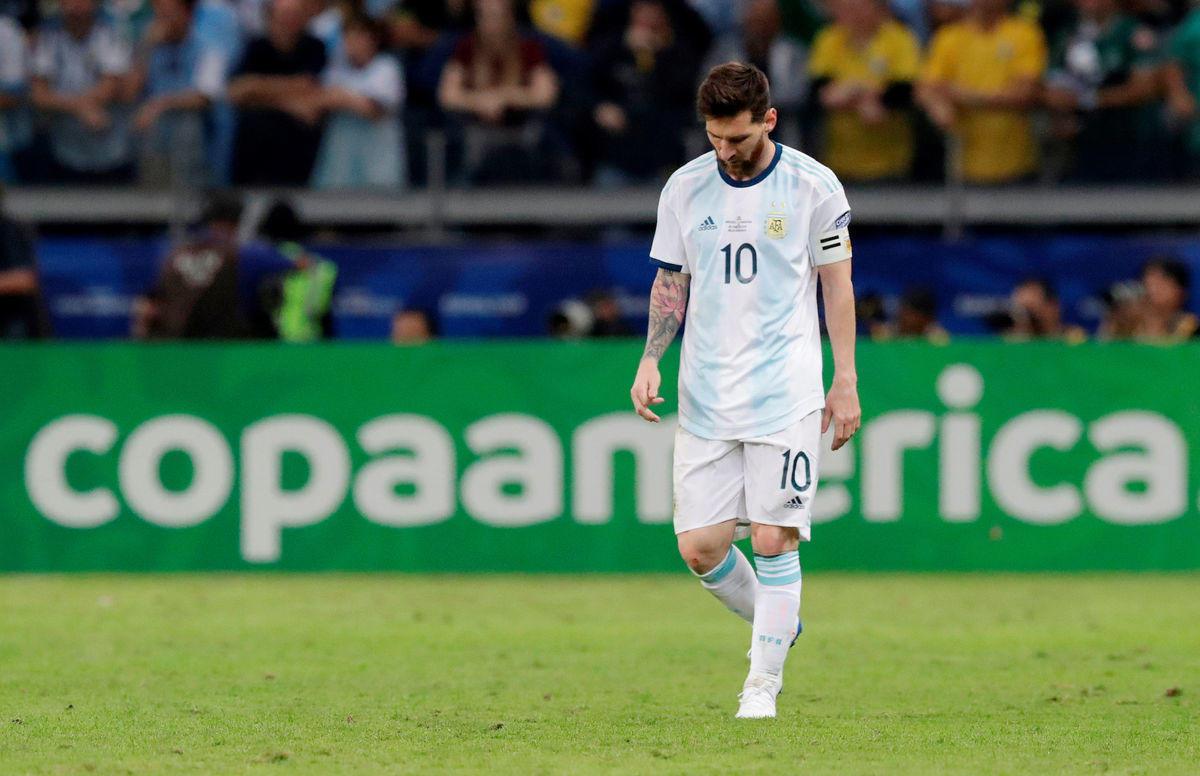 Крест Месси. Лео никогда не приведет Аргентину к победе