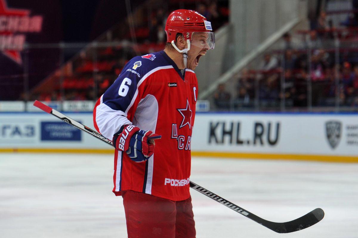 Известный защитник, чемпион мира и России незаметно завершил карьеру