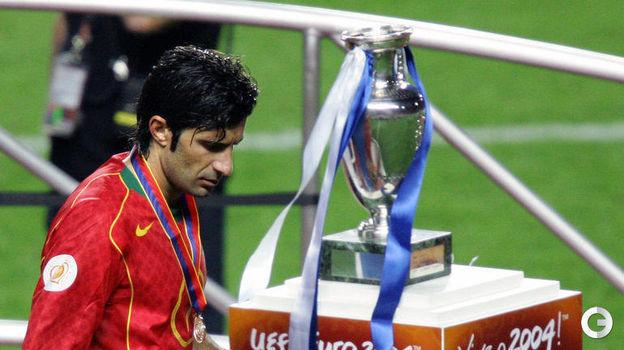 4 июля 2004 года. Лиссабон. Португалия - Греция - 0:1. Луиш Фигу. Фото AFP