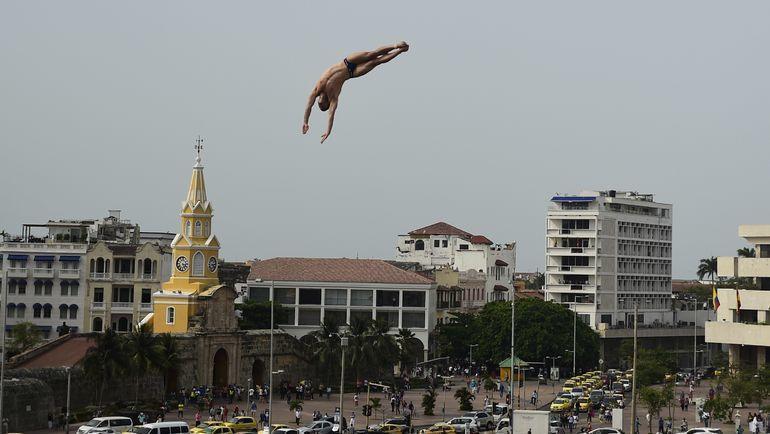 Клифф-дайвингом интересно не только заниматься, но и смотреть за выступлением спортсменов. Фото Reuters