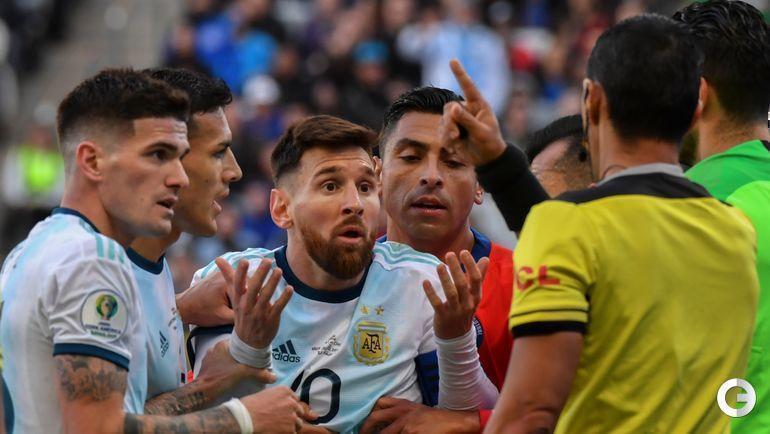 6 июля. Сан-Паулу. Аргентина - Чили - 2:1. Удаление Лионеля Месси.