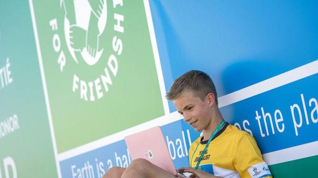 """Идея проведения стажировок в профессиональных медиа для участников """"Футбола для дружбы"""" (F4F) возникла в ходе финальных мероприятий Седьмого сезона программы, которые прошли в Мадриде с 28 мая по 2 июня."""