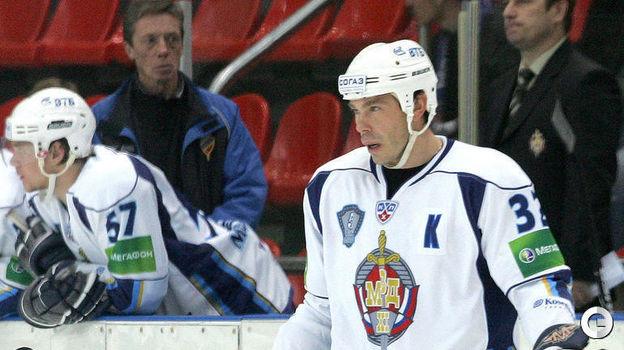 2009 год. Алексей Кудашов - хоккеист ХК МВД. Фото Татьяна Дорогутина,