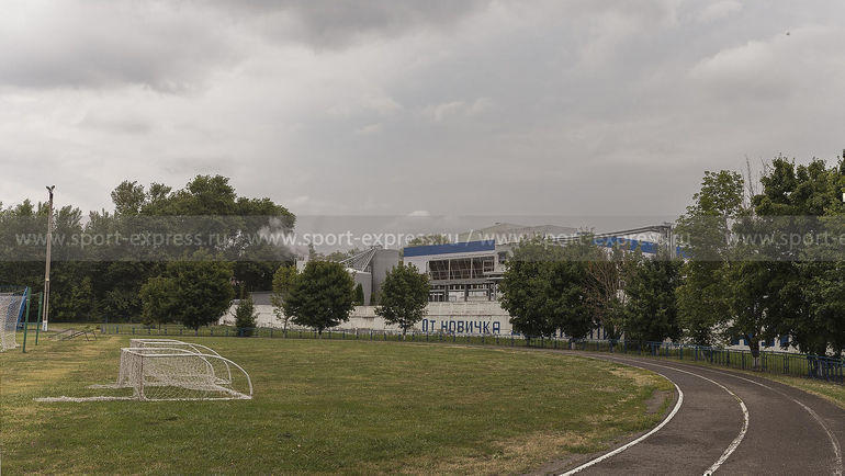"""Стадион """"Эфирщик"""" в Алексеевке. Фото Александр Рогулев, """"СЭ"""""""