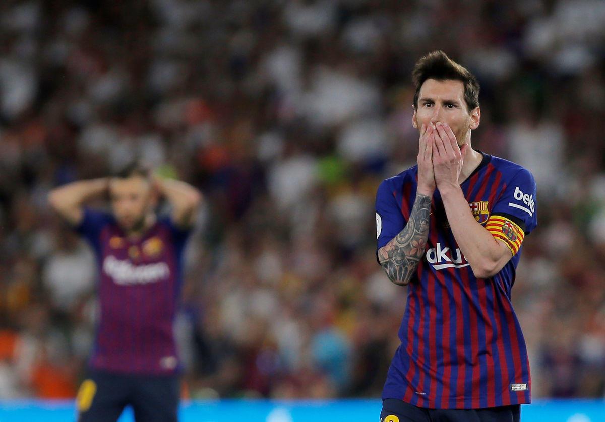 """Сине-гранатовый негатив. """"Барселона"""" притягивает скандалы"""