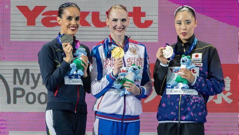 Светлана Ромашина (в центре), Она Карбонель (слева) и Юкико Инуи. Фото FINA