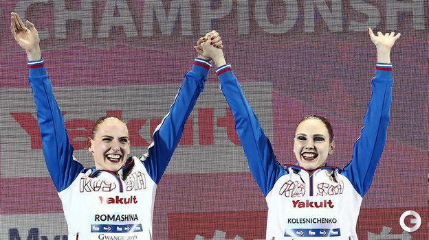 18 июля. Кванджу. Светлана Ромашина (слева) и Светлана Колесниченко. Фото Reuters