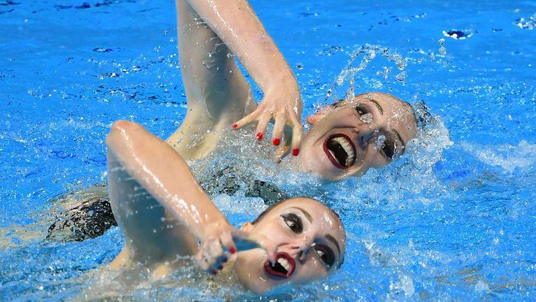 Светлана Колесниченко и Светлана Ромашина на ЧМ по водным видам спорта. Фото REUTERS
