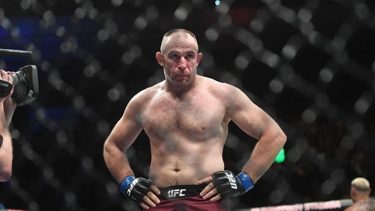 Взвешивание UFC onESPN 4: Олейник оказался легче Харриса на9кг
