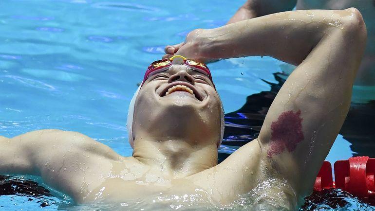 23 июля. Кванджу. Сунь Ян после победного финиша. Фото AFP