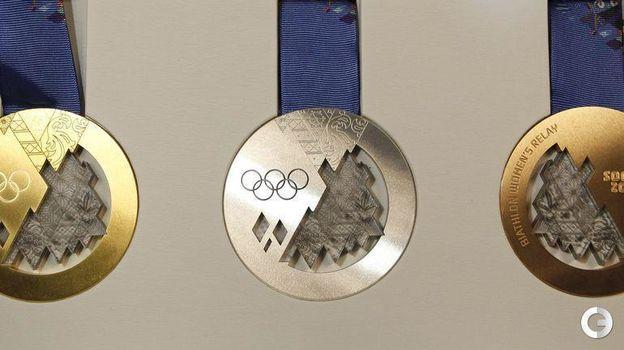 Бонус 2. Медали зимних Олимпийских игр-2014 в Сочи. Фото REUTERS