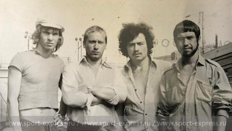 Федор Черенков с однокурсниками по Горному институту. Фото из архива семьи Черенковых