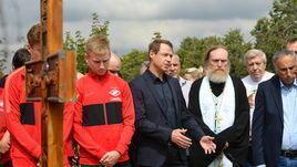 Четверг. Троекуровское кладбище. Мероприятия в честь 60-летия Федора Черенкова.