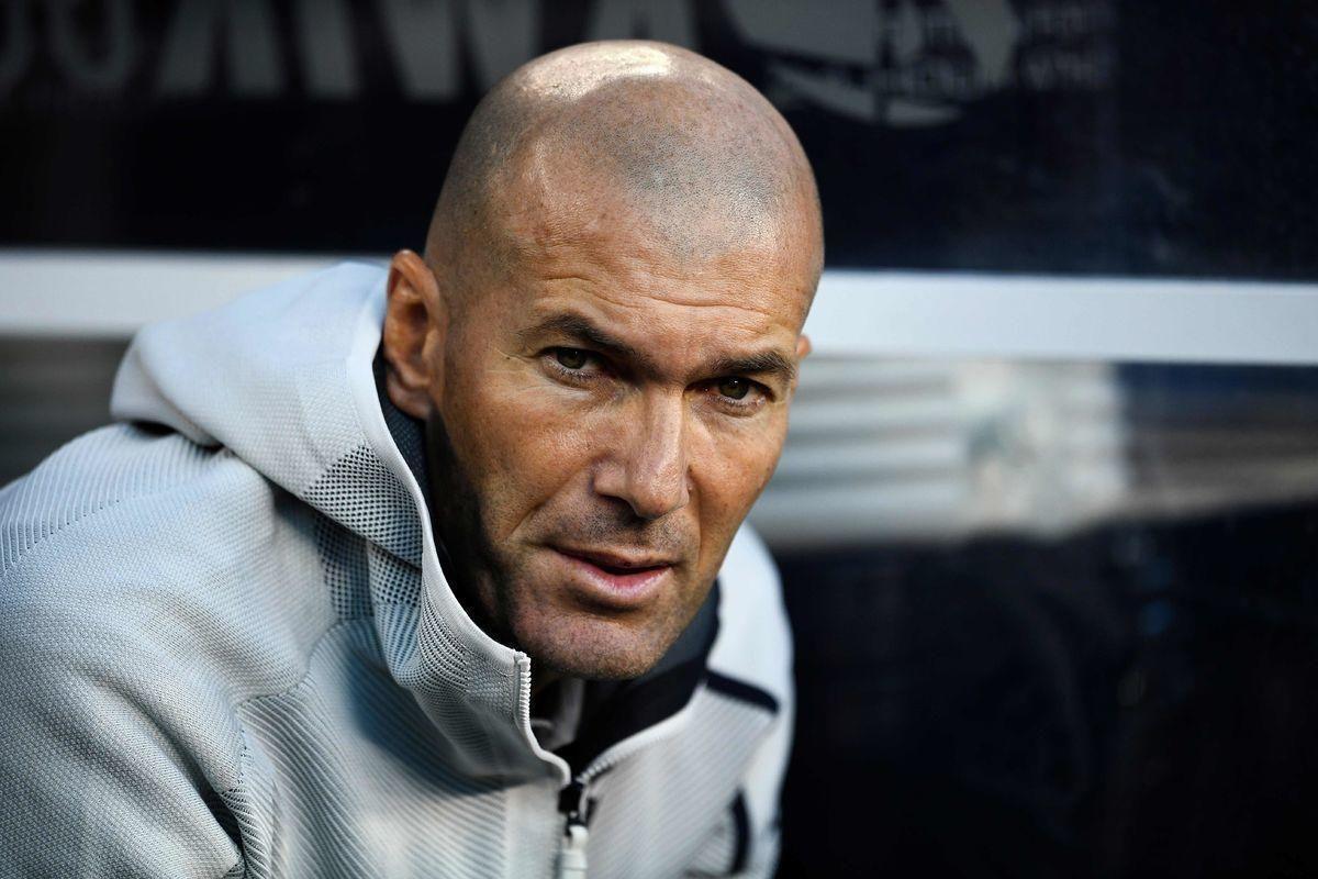 """""""Реал"""" Зидана пока не едет. Француз точно на своем месте?"""