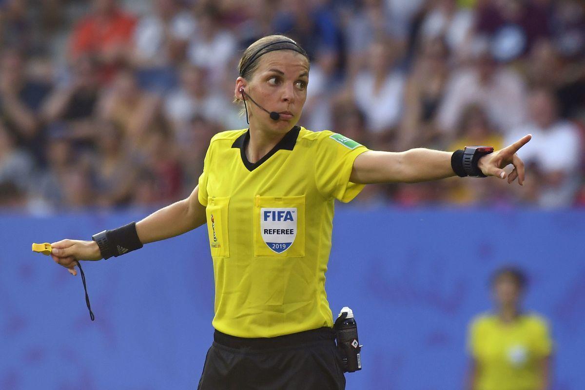 Впервые финал еврокубка будет судить женщина. Кто она?