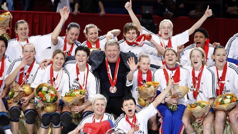 2007 год. Евгений Трефилов и его команда - чемпионы мира! Фото REUTERS