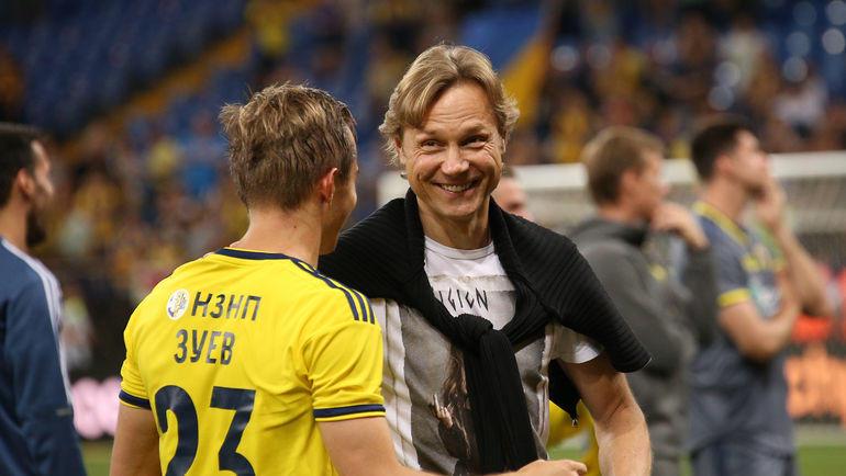 Валерий Карпин (справа) и Александр Зуев. Фото Виталий Тимкив
