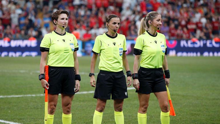 Мишель О'Нил, Стефании Фраппар и Мануэла Николози. Фото Reuters