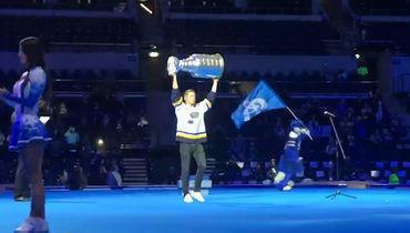 Барбашев показал Кубок Стэнли арене «Динамо» иполучил привет отОвечкина
