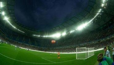 18 августа. Волгоград. «Ротор» — «Шинник» — 2:3. 33 тысячи болельщиков на матче.