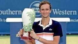 Даниил Медведев выиграл турнир в Цинциннати.