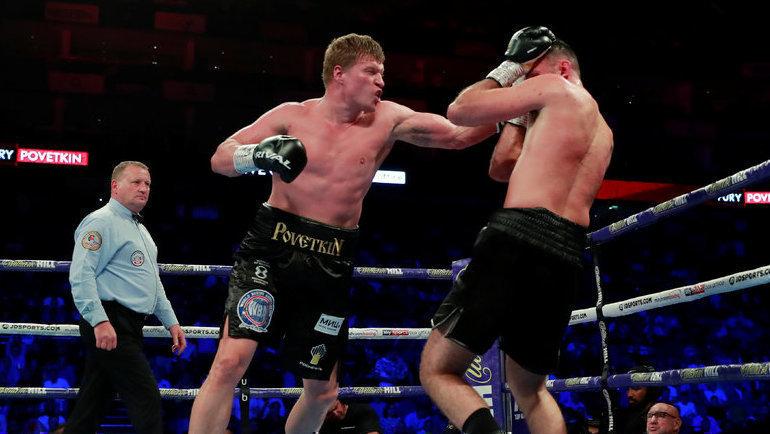 Александр Поветкин победил по очкам Хьюи Фьюри и стал интернациональным чемпионом WBA в тяжелом весе. Фото REUTERS