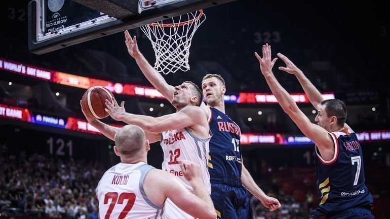 6 сентября. Фошань. Польша — Россия — 77:74. Россияне лишились шансов на выход в плей-офф ЧМ-2019. Фото FIBA