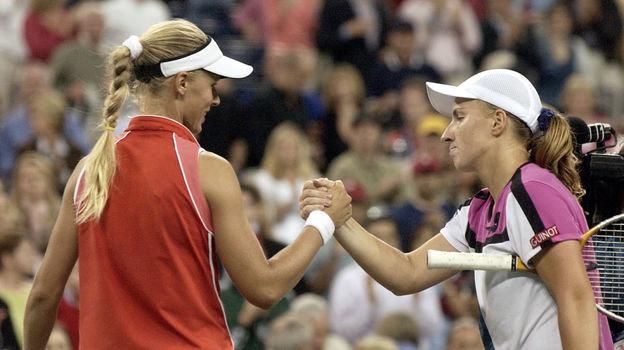 11сентября 2004 года. Нью-Йорк. Светлана Кузнецова (справа) иЕлена Дементьева. Фото AFP