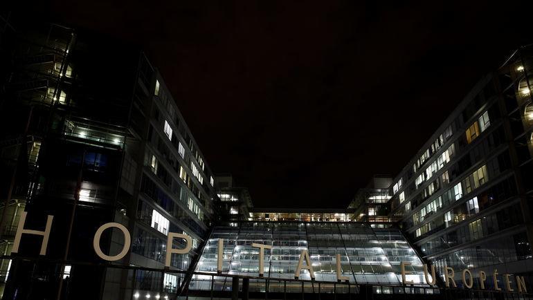 Клиника имени Жоржа Помпиду вПариже: сюда 9сентября привезли легенды автоспорта. Фото REUTERS