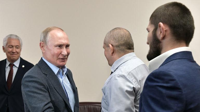 Президент России Владимир Путин встретился сбойцом ММА Хабибом Нурмагомедовым. Фото Reuters