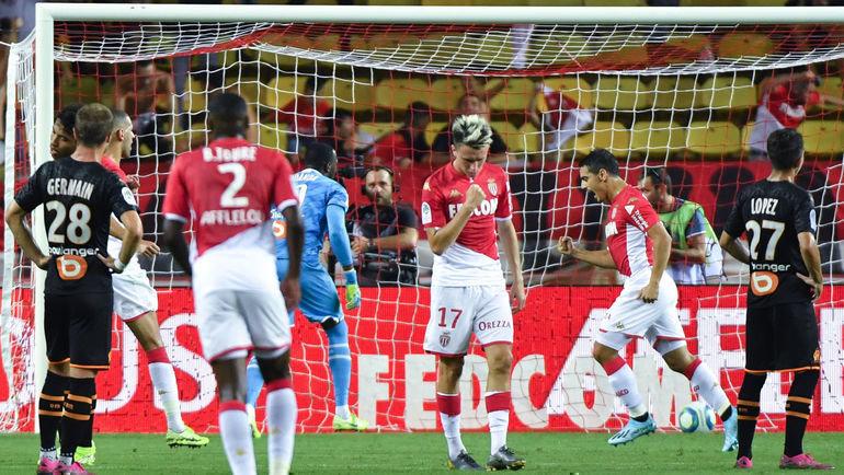 15сентября. Монако. «Монако»— «Марсель»— 3:4. Хозяева вели сосчетом 2:0, нопроиграли. Фото AFP