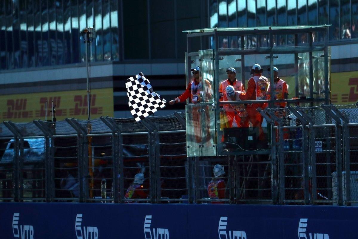«Один «Гран-при» дает заряд эмоций навесь год». Рассказы российских маршалов оработе нагонке «Формулы-1» вСочи