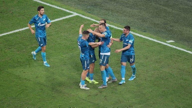 Артем Дзюба забил дважды, нооба раза его голы отменял ВАР. Фото ФК «Зенит»