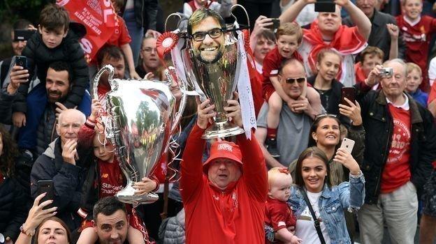 Юрген Клопп - герой ливерпульских фанатов. Фото AFP