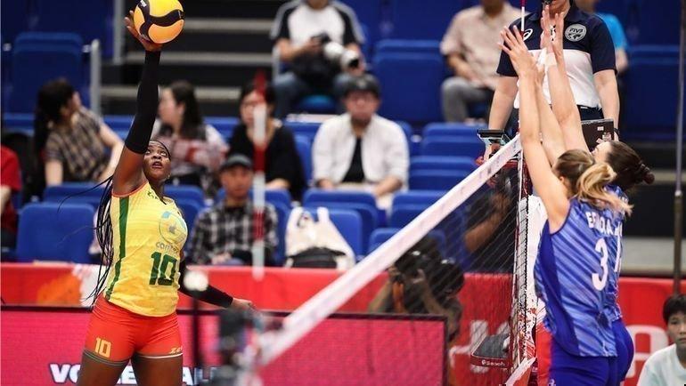 Россия— Камерун— 3:0. Фото FIVB