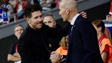 28сентября. Мадрид. «Атлетико»— «Реал»— 0:0. Зинедин Зидан (справа) иДиего Симеоне.