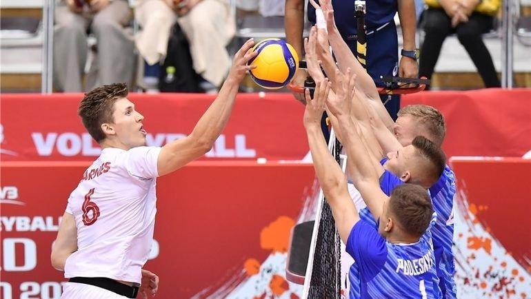 2октября. Нагано. Россия— Канада— 3:2. Россияне смогли отыграться с0:2 ипобедить. Фото fivb.org