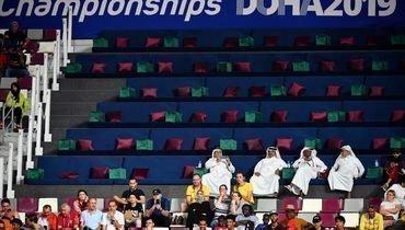 Зрители чемпионата мира полегкой атлетике вДохе.