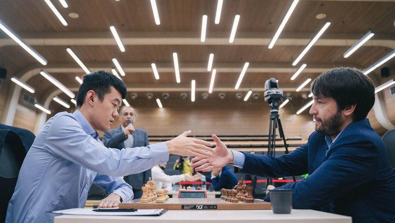 Теймур Раджабов иДин Лижэнь сыграют вфинале Кубка мира. Фото FIDE