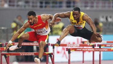 2октября. Доха. Орландо Ортега (слева) иОмар Маклауд вовремя финального забега.