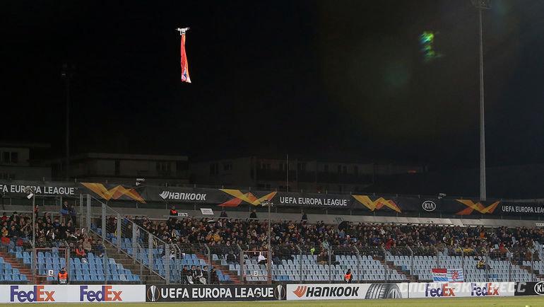 3октября. Люксембург. «Дюделанж»— «Карабах». Провокация сдроном наматче Лиги Европы.