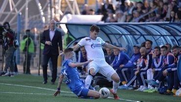 5октября. Оренбург. «Оренбург»— «Динамо»— 2:0. Бело-голубые потерпели очередное поражение иопустились взону вылета.
