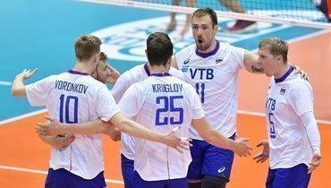 6октября. Нагано. Россия— Египет— 3:1. Команда Туомаса Саммелвуо празднует победу над Египтом.