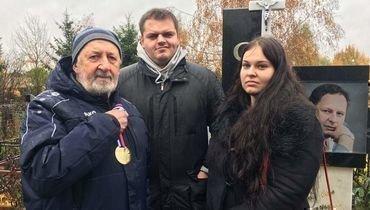 «Зенит» передал семье Сарсании золотую медаль