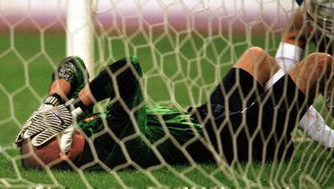 9октября 1999 года. Москва. Россия— Украина— 1:1. Александр Филимонов после гола всвои ворота.