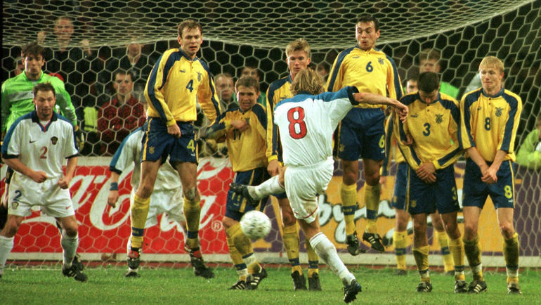 9октября 1999 года. Москва. Россия— Украина— 1:1. Валерий Карпин забивает гол. Фото Дмитрий Солнцев