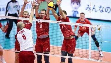 9октября. Хиросима. Польша— Россия— 3:1. Тройной блок висполнении сборной России.