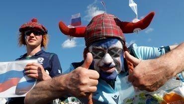 9октября болельщики сборной Шотландии дружили сроссиянами наКубке мира порегби вЯпонии. Теперь очередь футбольных фанатов.