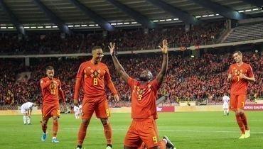 Бельгия вышла наЕвро, Голландия вытащила матч за10 минут